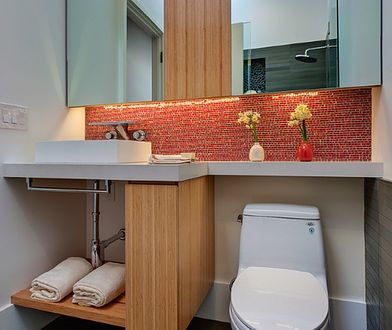 Aranżacja toalety. Jak urządzić małą łazienkę?