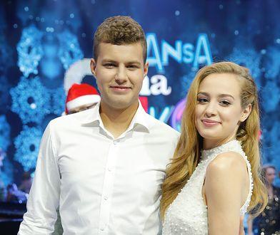 """Wiktoria Gąsiewska z bratem w """"Szansie na sukces"""". Piękny występ w pięknej sukience"""