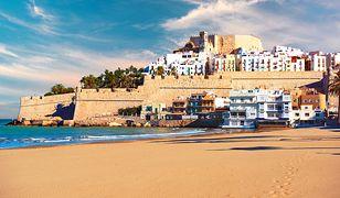 Złociste piaski i jedne z najbardziej malowniczych miejscowości nad Morzem Śródziemnym