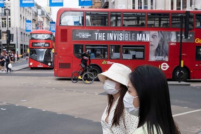 Wielka Brytania zmaga się z drugą falą zakażeń na COVID-19. Londyn, lipiec 2020 r.