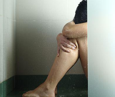 Ojczym gwałcił ją przez kilka lat. Urodziła dziecko, ale grozi jej 20 lat więzienia za chęć dokonania aborcji