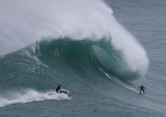 Nazare - portugalska mekka surferów