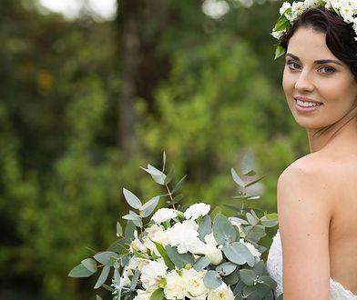 Fryzury ślubne do wianka są lekkie i dziewczęce
