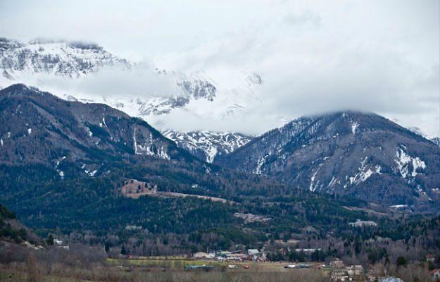 Miejscowość Seyne Les Alpes przygotowuje się na przyjęcie rodzin ofiar
