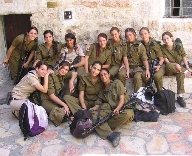 Kobiety w wojsku. Piękne i odważne