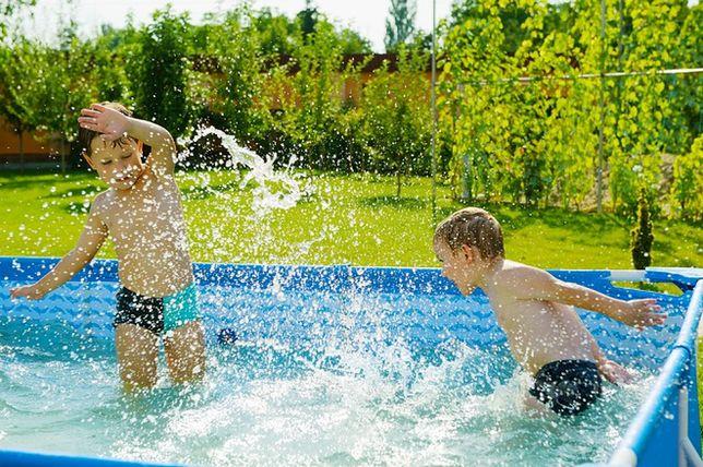 Budowa basenu ogrodowego: udane wakacje w domu