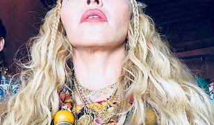 Madonna słynie z kontrowersyjnych występów oraz stylizacji