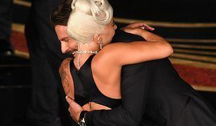 Bradley Cooper i Lady Gaga są razem i myślą o dziecku. Przynajmniej na okładce tabloidu