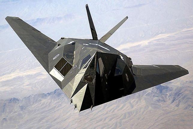 Legendarny F-117A to już 40-latek. Tyle lat minęło od pierwszego oblotu