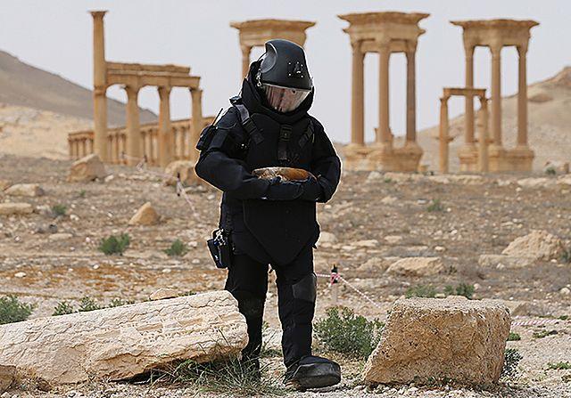 Rozminowywanie Palmiry. Rosjanie pokazali zdjęcia
