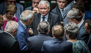 """""""Kaczyński rozdaje karty i póki co nie widać na horyzoncie zawodnika, który umiałby go pokonać"""""""