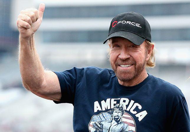 """Chuck Norris ostatni raz zagrał w """"Niezniszczalnych 2"""" w 2012 r."""