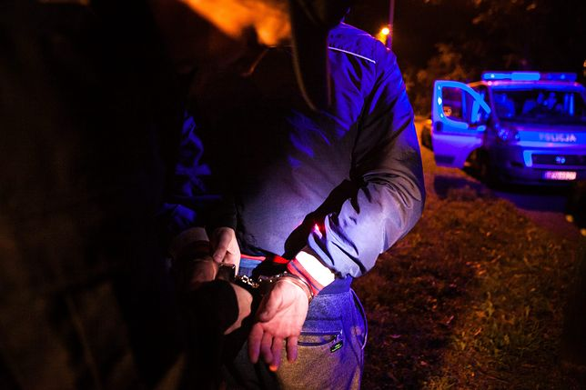 Policjant z Rybnika wjechał w barierki. Miał 3 promile