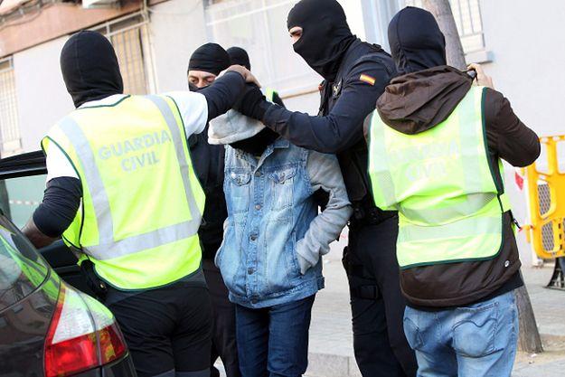 Zatrzymanie rodziny podejrzanej o związki z dżihadystami