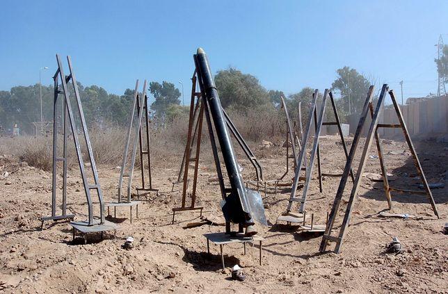 Wyrzutnie kassamów i jedna niewystrzelona rakieta