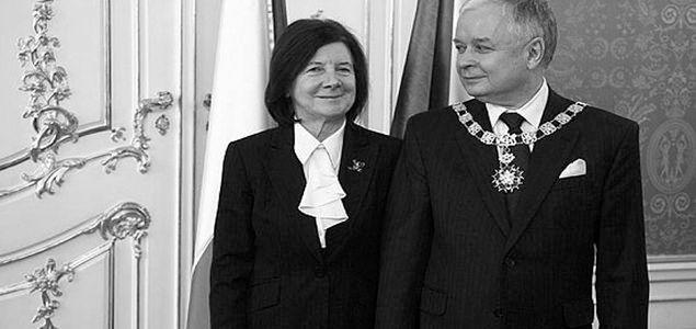 Prezydent Lech Kaczyński nie żyje, media zmieniły ramówki