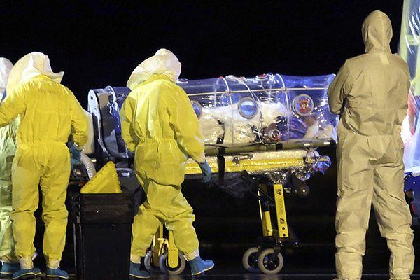 Hiszpanie z niepokojem obserwują sprawę zakażeń Ebolą