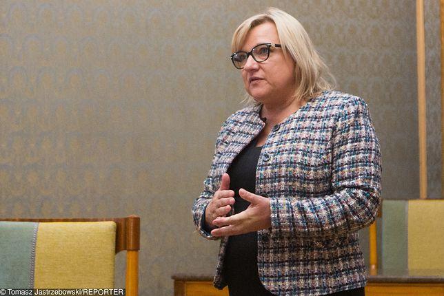 """Beata Kempa: cóż to jest za słowo """"ewakuacja""""?"""