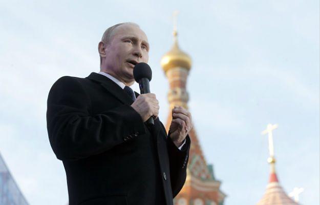Putin żąda twardego reagowania na wezwania do masowych rozruchów