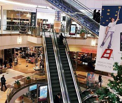 Centra handlowe dziś otwarte krócej, w święta zamknięte