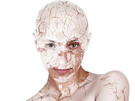 Cera sucha – pielęgnacja i makijaż