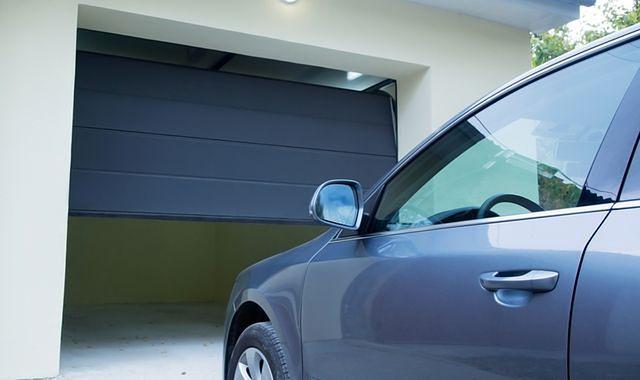 Samochód już nie jest wyznacznikiem luksusu, posiada go 2/3 polskich domów