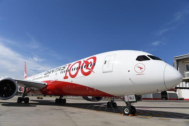 Qantas jako pierwsza linia lotnicza na świecie będzie wymagań szczepień