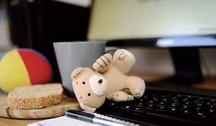 Dzieci spędzają coraz więcej czasu w internecie. Wnioski z najnowszych badań są alarmujące
