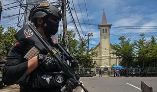 Indonezja. Zamachowcy-samobójcy wysadzili się przed katedrą