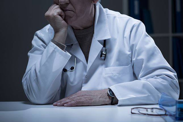 """Oto Lekarz - wielowymiarowy portret lekarza w książce """"Ecce medicus"""" dr. Jarosława Waneckiego"""