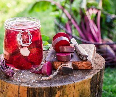 Obalamy mity: Soki z kiszonek a odchudzanie