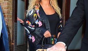 LOOK OF THE DAY: Beyonce we wzorzystym kimonie