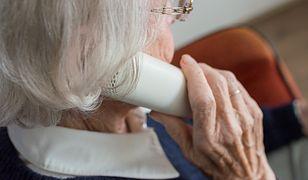 Telefon wsparcia dla osób starszych i samotnych. Zostań wolontariuszem