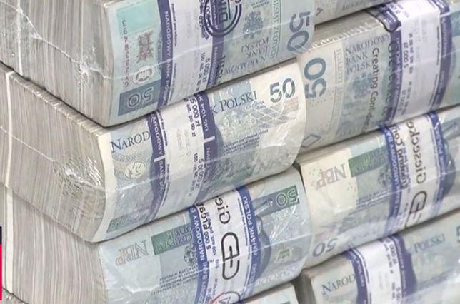 Ile pieniędzy jest w Polsce. NBP podaje dane