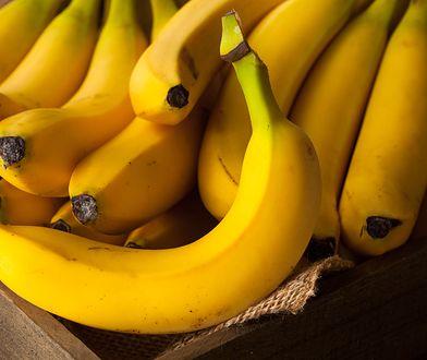 Ile kalorii dostarcza banan?