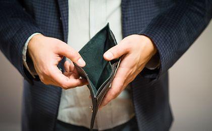 Coraz więcej osób tak uwalnia się od spirali zadłużenia