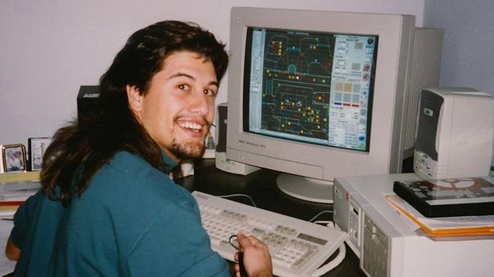 John Romero pracujący nad Doomem / fot. Facebook