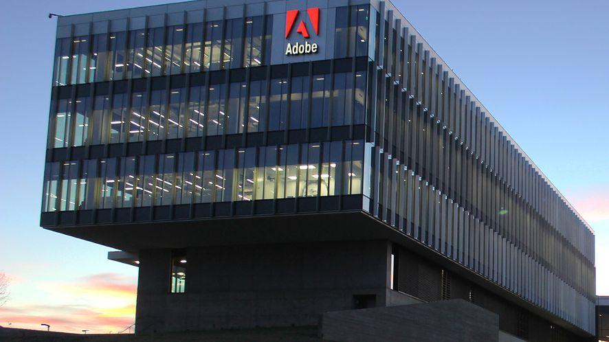 Nekromancja według Adobe: Flash Player wraca na Linuksa, w nieco kalekiej formie