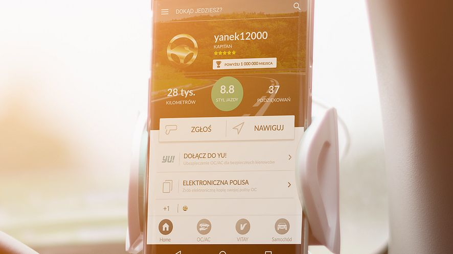 Nowy Yanosik na Androida: odświeżony wygląd i oferty z AC