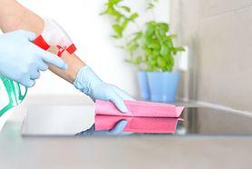 Czym czyścić łazienkę, gdy mamy małe dziecko? Naturalne środki