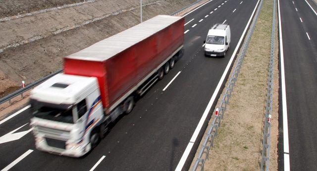 Białoruś: weszła w życie opłata za dopuszczenie pojazdu do ruchu