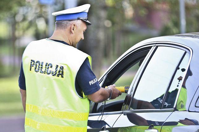 Policja dostała nagranie monitoringu z parkingu