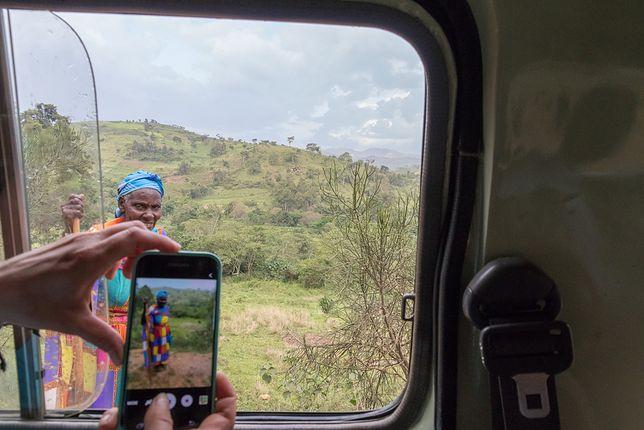 Za robienie zdjęć w Ugandzie, bez zgody tubylców, można zapłacić mandat