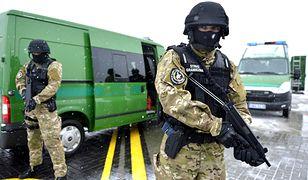 Straż Graniczna zabezpieczyła 2,5 tony tytoniu oraz cztery sztuki broni