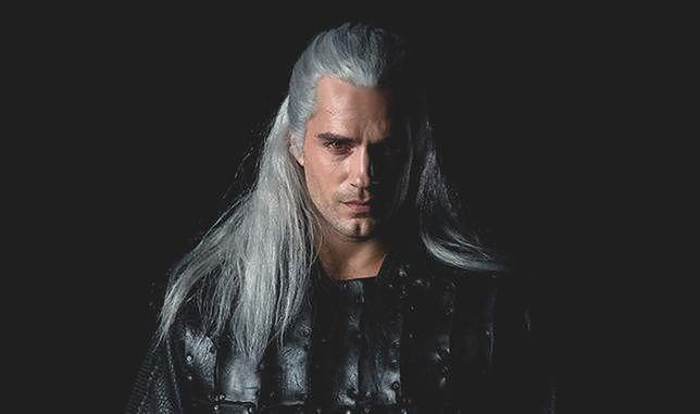 """""""Wiedźmin"""" Netfliksa to serial, o którym mało jeszcze wiemy, a fani serii czekają niecierpliwie na każdą informację. Henry Cavill, serialowy Geralt, zdradza nam kolejne z nich."""