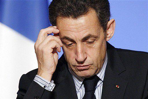 Sarkozy walił pięścią w stół i groził, że Francja opuści strefę euro?