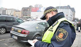 kontrola taksówki w Warszawie / fot. strzamiejska.waw.pl