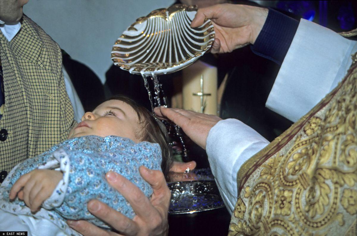 Rodzice chrzestni z łapanki