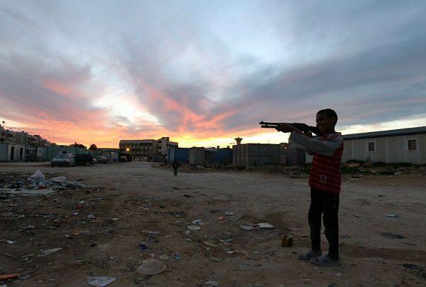 Powszechny Kongres Narodowy wprowadza w Libii stan wyjątkowy