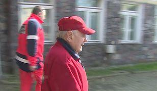 Najstarszy lekarz w Polsce ma 94 lata (WIDEO)